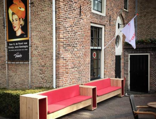 Loungebank stadscafe De Observant