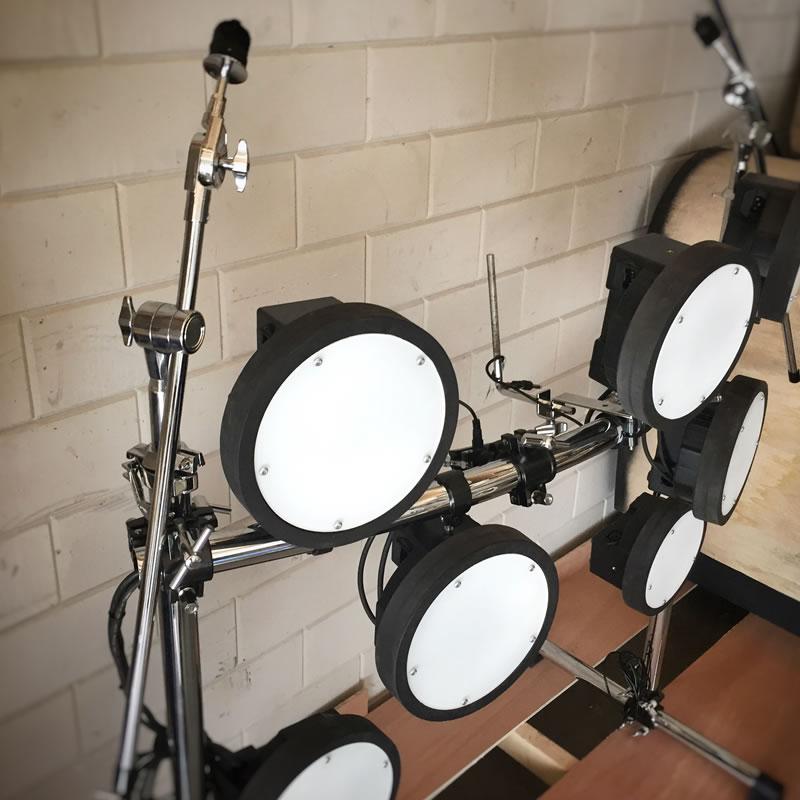 Percussie meubel Danique